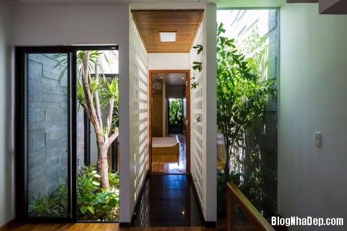 nha pho 4 tang ngap tran cay xanh o da nang 9 062800383 Mẫu ngôi nhà 4 tầng với vườn cây xanh mát quanh năm ở Đà Nẵng
