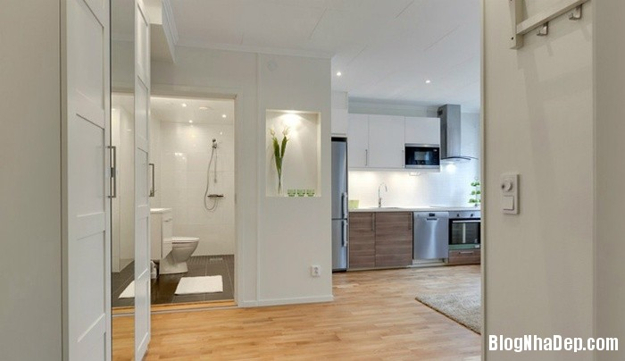 can ho mau trang 5 222529978 Mẫu căn hộ 30m2 rộng thoáng bất ngờ với gam màu trắng