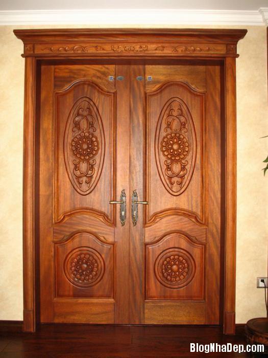 144941baoxaydung image005 Cách bảo quản cửa gỗ tự nhiên thế nào cho đúng cách?