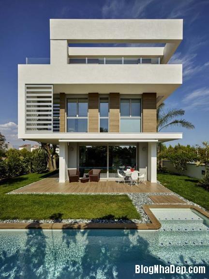 075156l 1 Mẫu biệt thự 4 tầng sang trọng với view nhìn ra biển