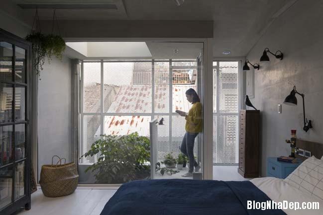 nha pho dep 3 tang 12 Cách cải tạo ngôi nhà 50 tuổi thành không gian ngập tràn ánh sáng