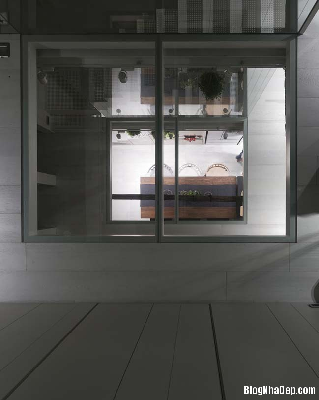 nha pho dep 3 tang 16 Cách cải tạo ngôi nhà 50 tuổi thành không gian ngập tràn ánh sáng