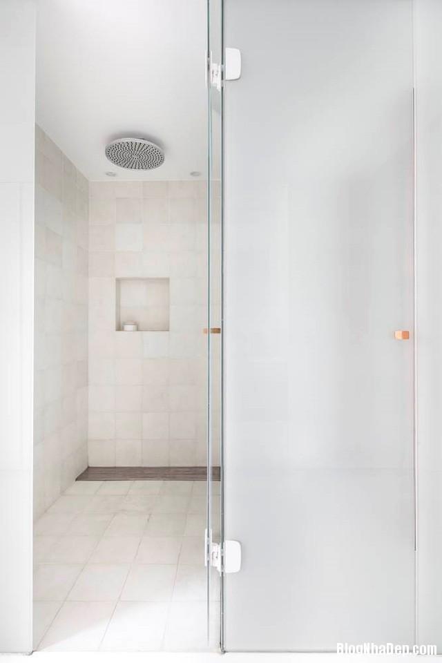 93 Thiết kế tối giản bỏ bớt tường khiến nhà 96 m2 trở nên thật rộng rãi