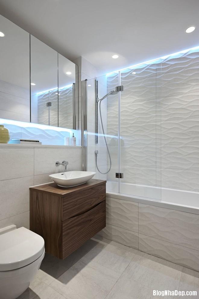 img20170614085141921 Sáng bừng không gian phòng tắm với gạch đá lát tường 3D