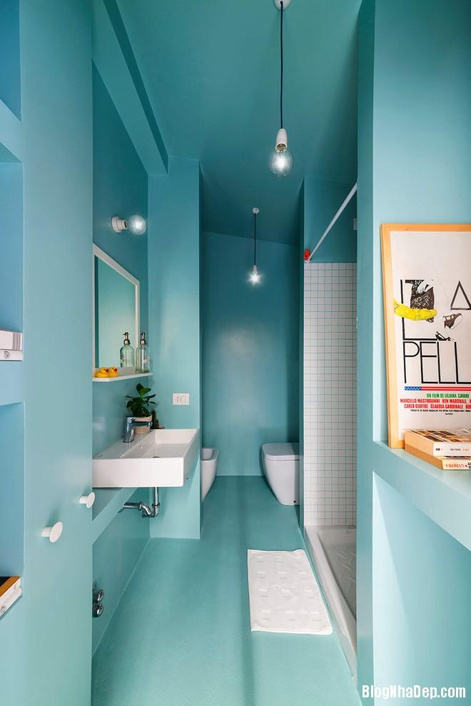 img20170517091020961 Phòng tắm với hai màu xanh – trắng ngọt lịm thách thức nắng hè
