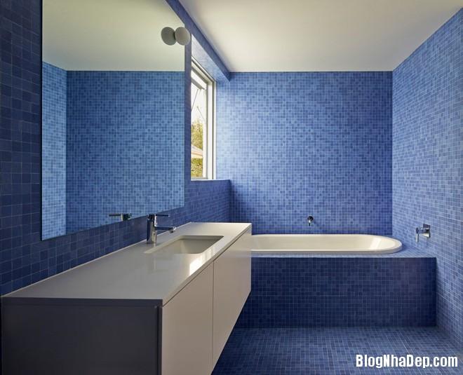 1312 Phòng tắm xanh – trắng mát lịm thách thức cái nắng oi bức mùa hè