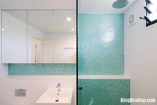 818 Phòng tắm xanh – trắng mát lịm thách thức cái nắng oi bức mùa hè