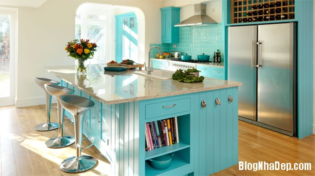 bep mau ngoc lam 2 Những căn bếp màu ngọc lam đẹp hài hòa và sang trọng