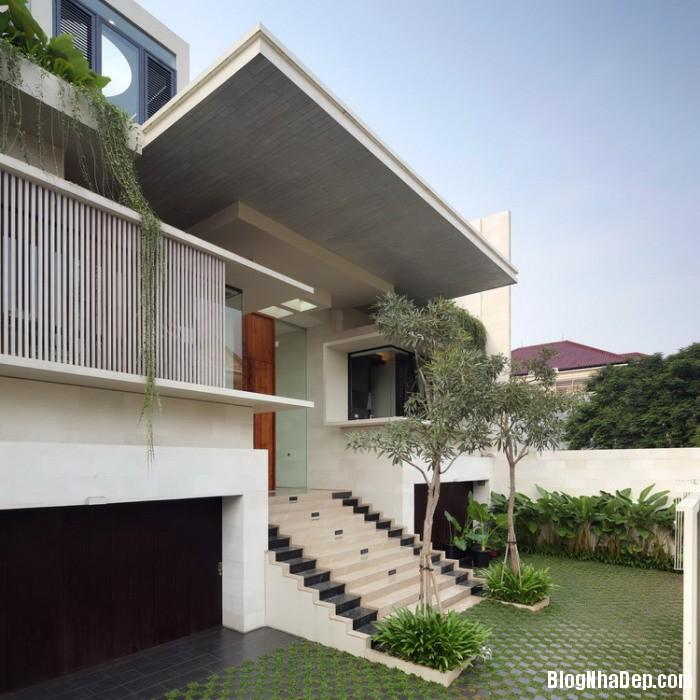 1296059126 07 13 static house tws 19112010 Nhà Static House ở Jakarta, Indonesia