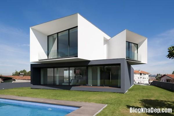 Mau Nha 2 Tang Dep 29201 Mẫu Nhà Roque House Với Mặt Tiền 2 Hướng ở Oliveira de Azemeis, Bồ Đào Nha