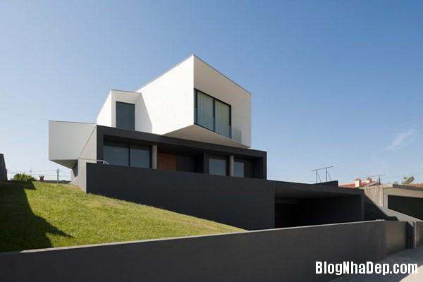 Mau Nha 2 Tang Dep 29202 Mẫu Nhà Roque House Với Mặt Tiền 2 Hướng ở Oliveira de Azemeis, Bồ Đào Nha