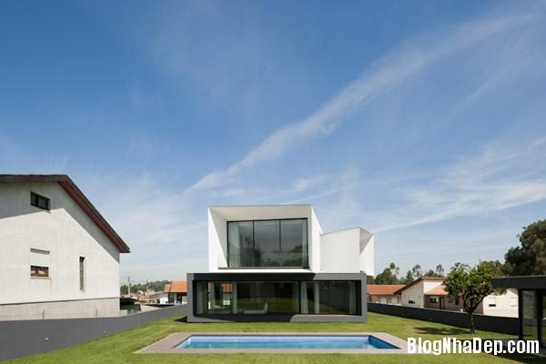 Mau Nha 2 Tang Dep 29203 Mẫu Nhà Roque House Với Mặt Tiền 2 Hướng ở Oliveira de Azemeis, Bồ Đào Nha