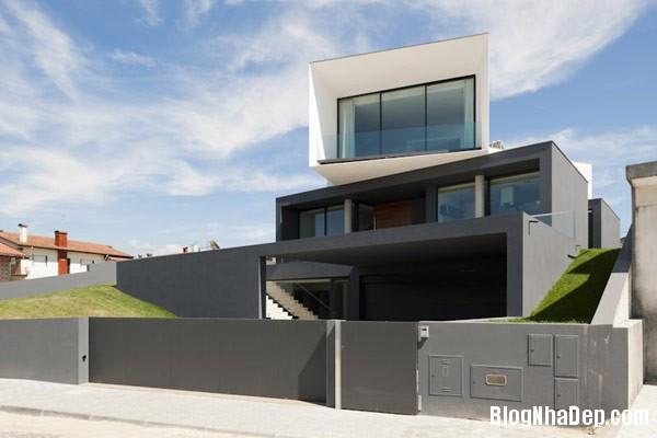 Mau Nha 2 Tang Dep 29206 Mẫu Nhà Roque House Với Mặt Tiền 2 Hướng ở Oliveira de Azemeis, Bồ Đào Nha