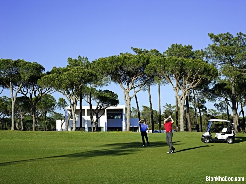 Mau Thiet Ke Nha Dep North House 0753 Mẫu nhà đẹp cạnh sân golf tại Bồ Đào Nha