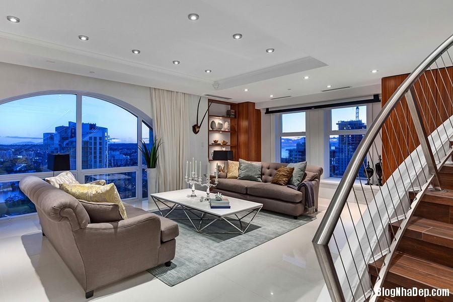 Mau Thiet Ke Nha Penthouse Elysium 0273 Mẫu nhà đẹp với trần nhà cao và cửa sổ hình mái vòm