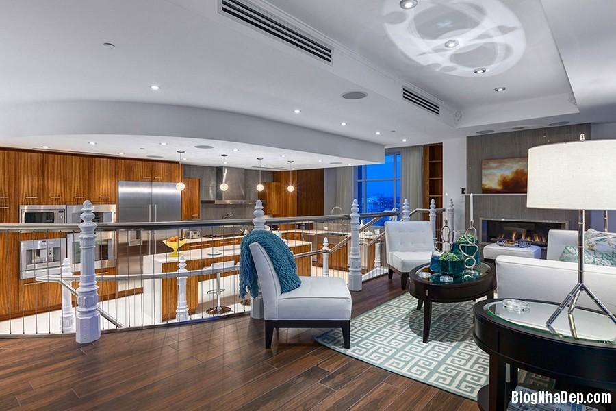 Mau Thiet Ke Nha Penthouse Elysium 0275 Mẫu nhà đẹp với trần nhà cao và cửa sổ hình mái vòm