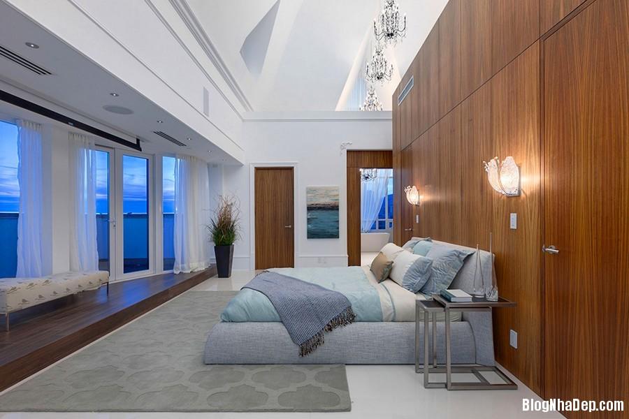 Mau Thiet Ke Nha Penthouse Elysium 0278 Mẫu nhà đẹp với trần nhà cao và cửa sổ hình mái vòm