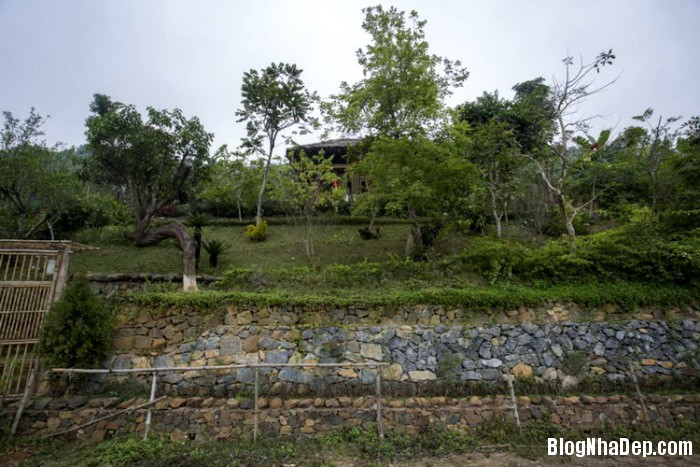 1 1 Nhà trên đồi với kiến trúc đơn giản ở Hòa Bình