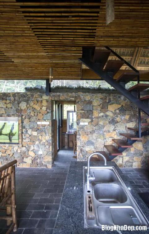 5 7 Nhà trên đồi với kiến trúc đơn giản ở Hòa Bình
