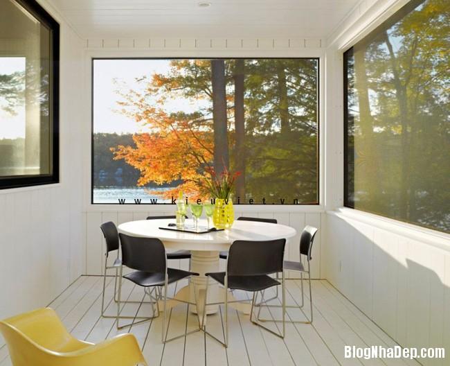 Lake home6 Ngôi nhà Cantilever Lake House nổi bật giữa khung cảnh rừng cây và hồ nước