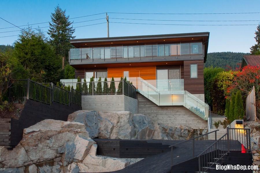 nhacanada091113 1 Ngôi nhà hiện đại nhưng ấm áp ở Canada
