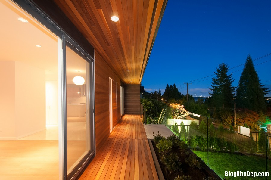 nhacanada091113 7 Ngôi nhà hiện đại nhưng ấm áp ở Canada