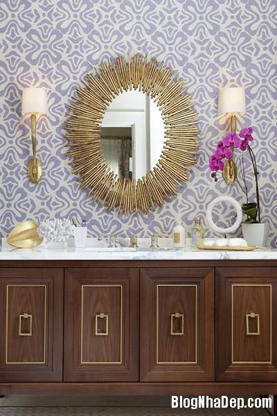 1 10 6367 1398508482 Mẫu gương soi đẹp tô điểm cho phòng tắm