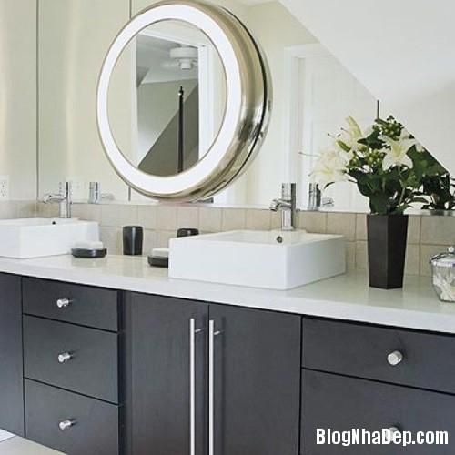 1 7 2639 1398508482 Mẫu gương soi đẹp tô điểm cho phòng tắm