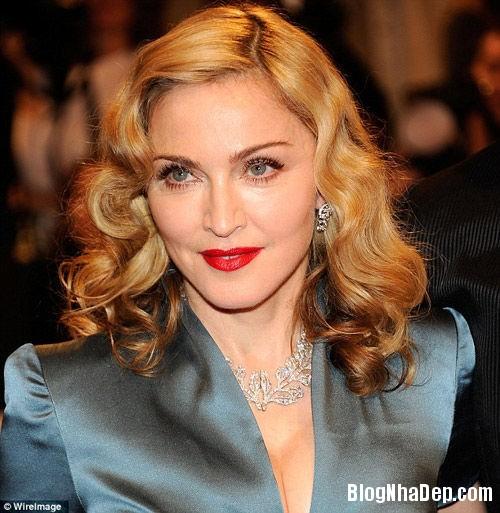 20131028020058563 Nữ hoàng nhạc pop Madonna rao bán ăn biệt thự ở Beverly Hills