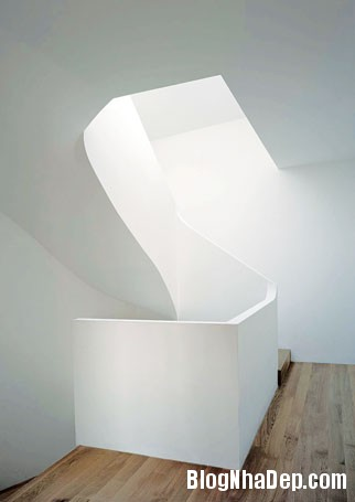 20131224012943337 Ngôi nhà màu trắng tinh khiết ở trung tâm Geneva