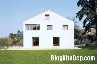 20131224012944039 Ngôi nhà màu trắng tinh khiết ở trung tâm Geneva
