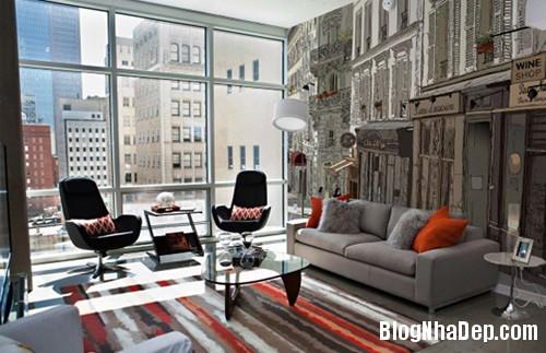 20140514084559656 Phòng khách ấn tượng với giấy dán tường và tranh cổ điển