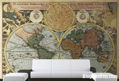 20140514084602761 Phòng khách ấn tượng với giấy dán tường và tranh cổ điển