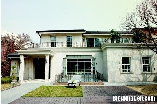 photo: house/residence of beautiful friendly talented  1 million earning Seoul, South Korea-resident