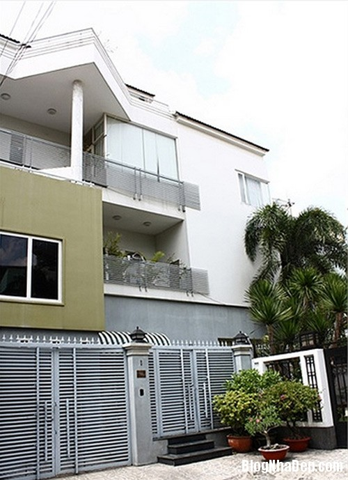 f0e504df a54a 4de8 b55d 4e58ef81d0c9 Ngôi nhà mới khang trang hiện đại của Lam Trường
