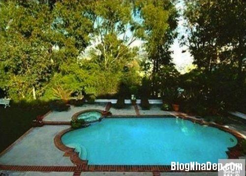 file.313657 Ngôi nhà với không gian xanh mát của Robert Pattinson