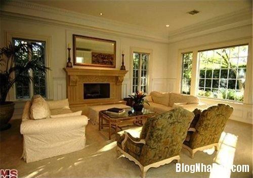 file.313659 Ngôi nhà với không gian xanh mát của Robert Pattinson