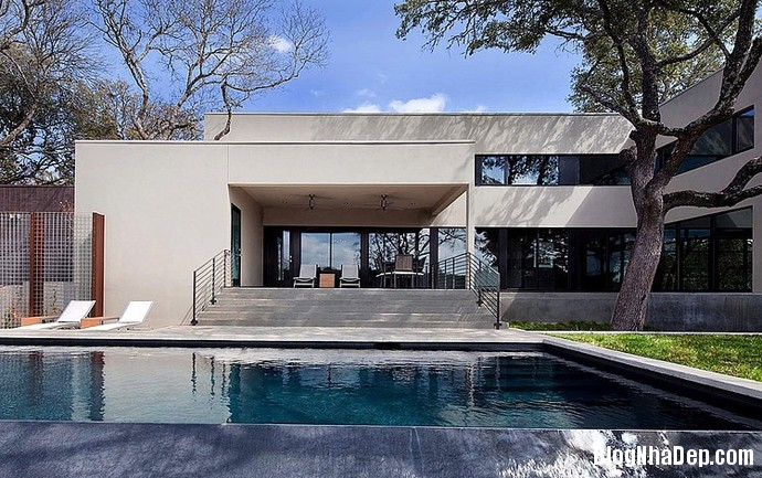 file.326352 Ngôi nhà với phong cảnh thiên nhiên xinh đẹp nằm trên đồi West Lake Hills