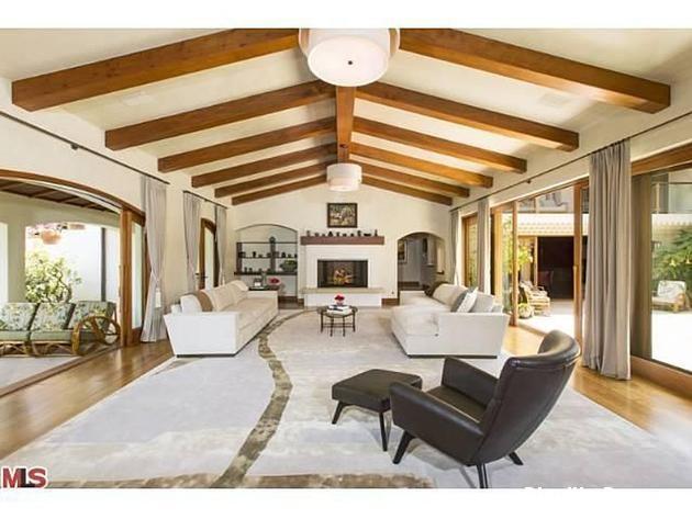 file24 Biệt thự phong cách Tây Ban Nha ở Beverly Hill