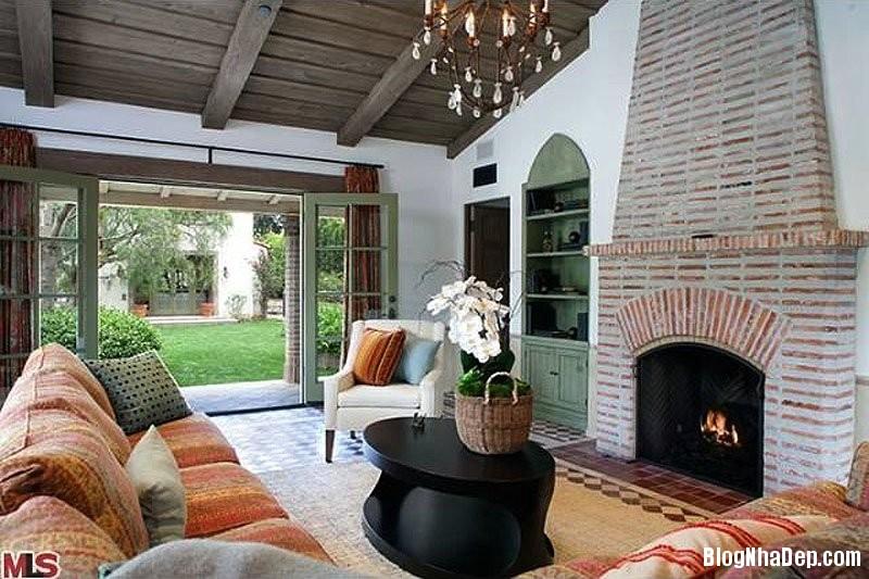 file5 Biệt thự phong cách thuộc địa Tây Ban Nha của nam diễn viên Trey Parker