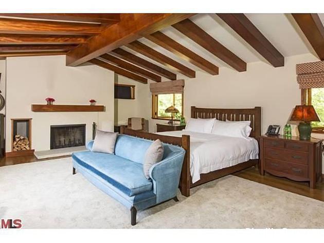 file 00230 Biệt thự phong cách Tây Ban Nha ở Beverly Hill