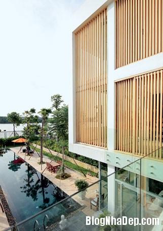 file 00231 Biệt thự độc đáo đối diện sông Sài Gòn