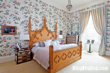 file 00328 Ngôi nhà xinh đẹp nhìn ra khu vườn thơ mộng tại  Edinburgh