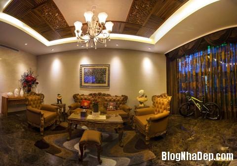 file 00363 Choáng ngợp với kiến trúc độc đáo trong dinh thự ở Đà Nẵng