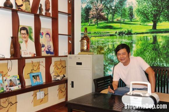 file 00923 Thăm ngôi nhà khang trang của danh hài Tấn Beo