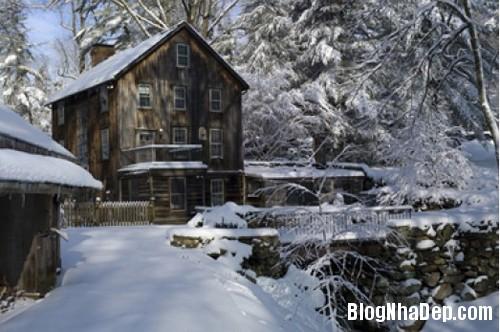 file 01012 Ngôi nhà cổ ở ngoại ô New York của nữ diễn viên Maggie Q
