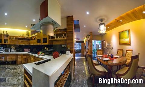 file 01051 Choáng ngợp với kiến trúc độc đáo trong dinh thự ở Đà Nẵng