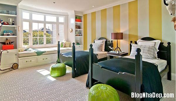 kids room with striped wall Trang trí nội thất nhà bằng họa tiết kẻ sọc