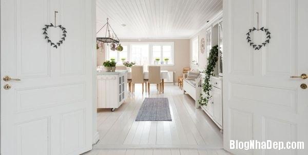 ngoai thanh 4 4578f Ngôi nhà tinh tế lãng mạn với nội thất vintage và tông màu xanh   trắng
