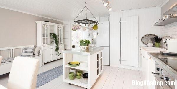 ngoai thanh 7 4578f Ngôi nhà tinh tế lãng mạn với nội thất vintage và tông màu xanh   trắng